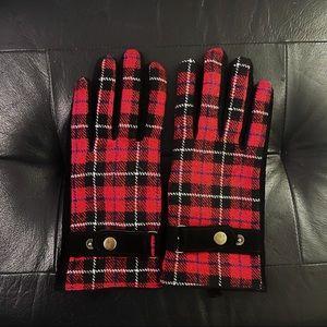 Beautiful Red Black Pattern Gloves